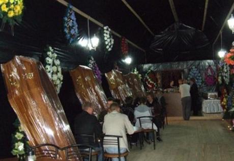 death restaurant bizarre restaurant